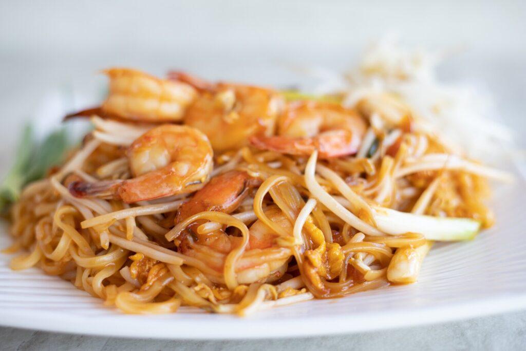 pad thai on a plate